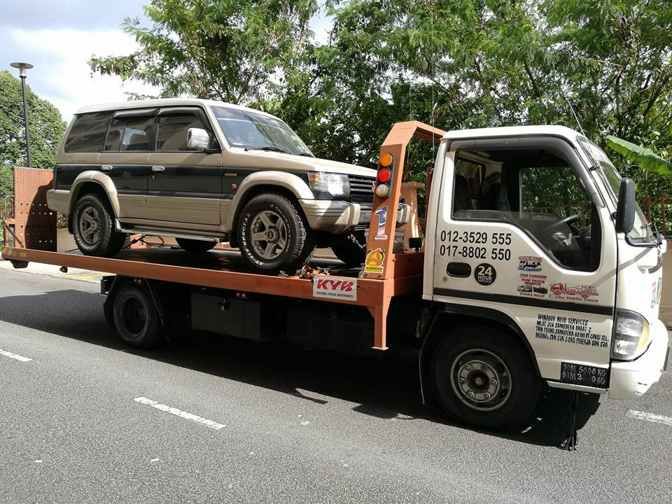 towing-truck-trak-penunda-tarik-kereta-rosak-kemalangan-accident-insurans-towtruck-kenderaan-selangor-klcc-bandar
